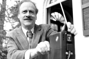 McLuhan_radio