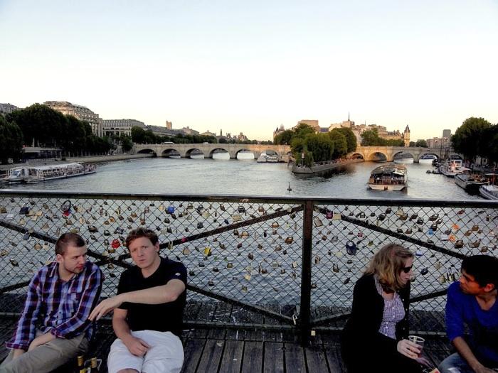 Pont des Arts, Paris, photo by Miki OKUBO, 2010