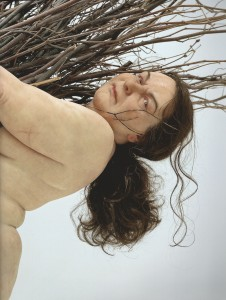 mueck_woman_with_sticks